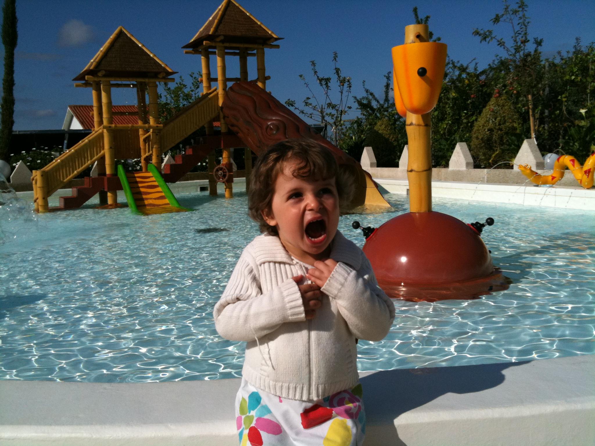 Hoteles en galicia mam s peques y s per planes for Hoteles familiares con piscina